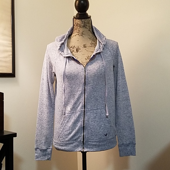 American Eagle Outfitters Tops - 🎀3 for $20 American Eagle Zip Up Hooded Top